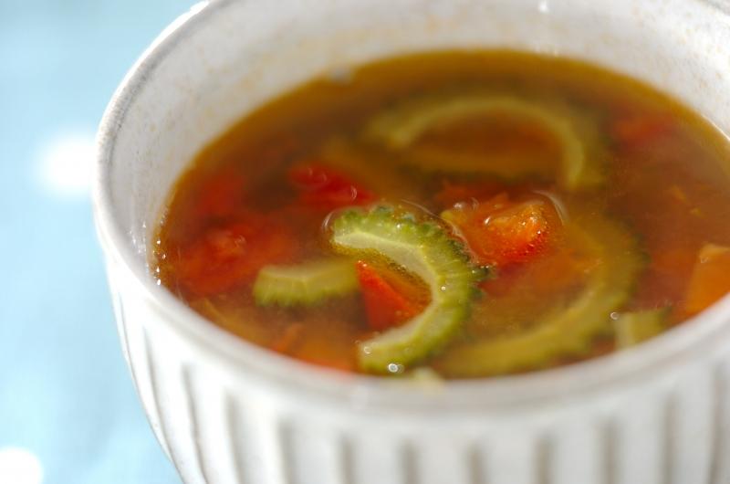 ゴーヤとトマトのスープ