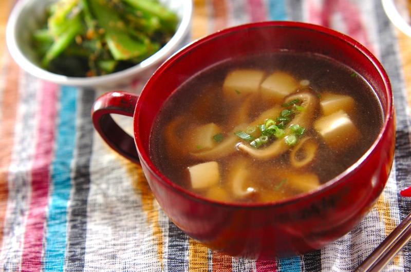 豆腐と干しシイタケのスープの作り方の手順
