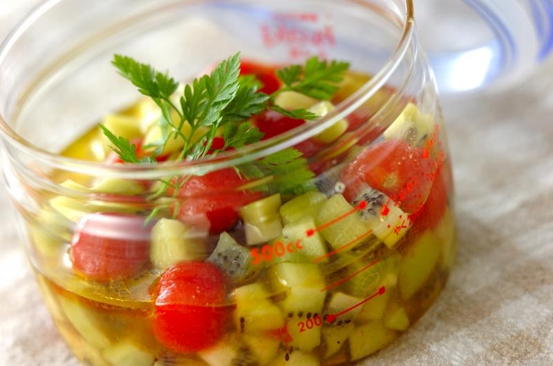 プチトマトとキウイのハニーマリネ