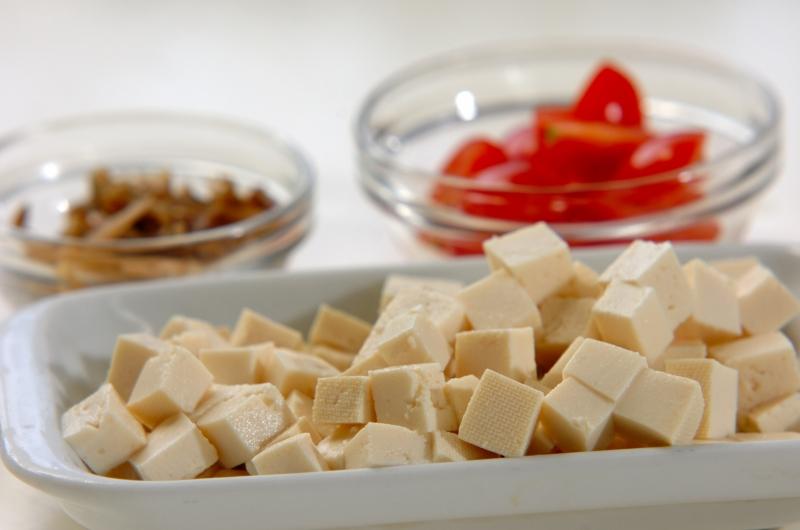 豆腐とザーサイの和え物の作り方の手順1