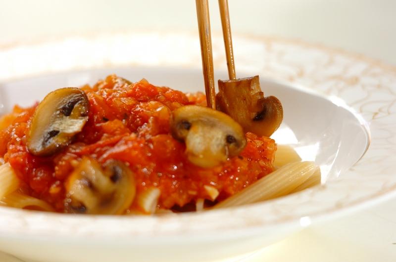 トマトソースのキノコペンネの作り方の手順6