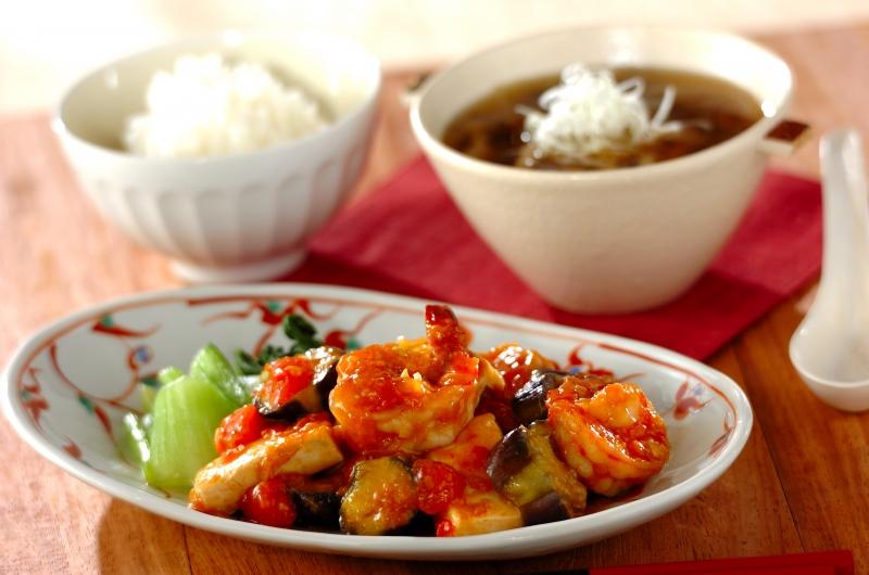 エビと豆腐のチリソースの献立の作り方の手順