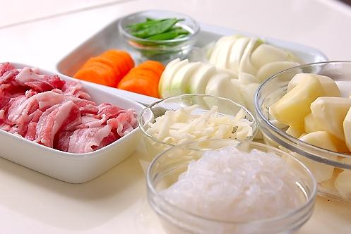 豚肉でつくる!ほっくり肉じゃがの作り方の手順2