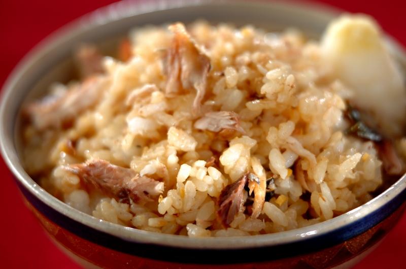こんがり焼きサンマとショウガの混ぜご飯の作り方の手順