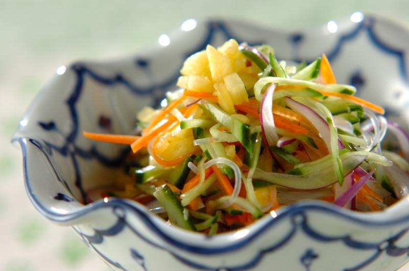 タイ風春雨サラダ・パイナップルソースの作り方の手順