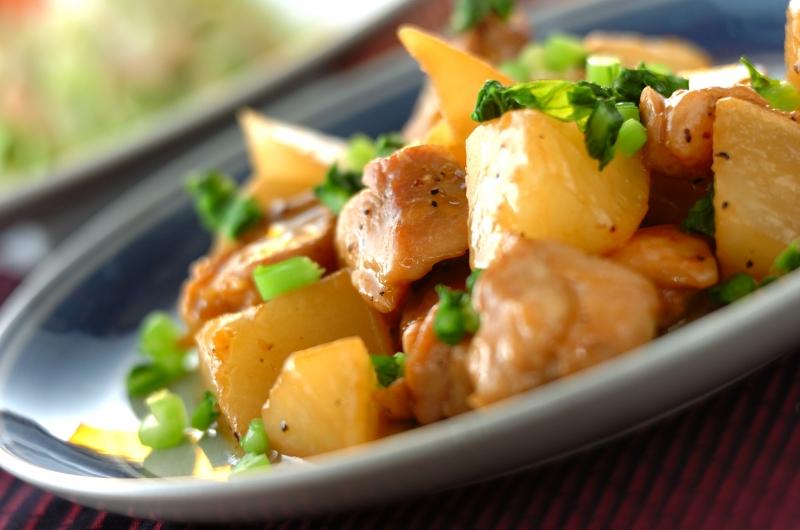 こってりコク旨!鶏もも肉と大根のバターしょうゆ煮の作り方の手順