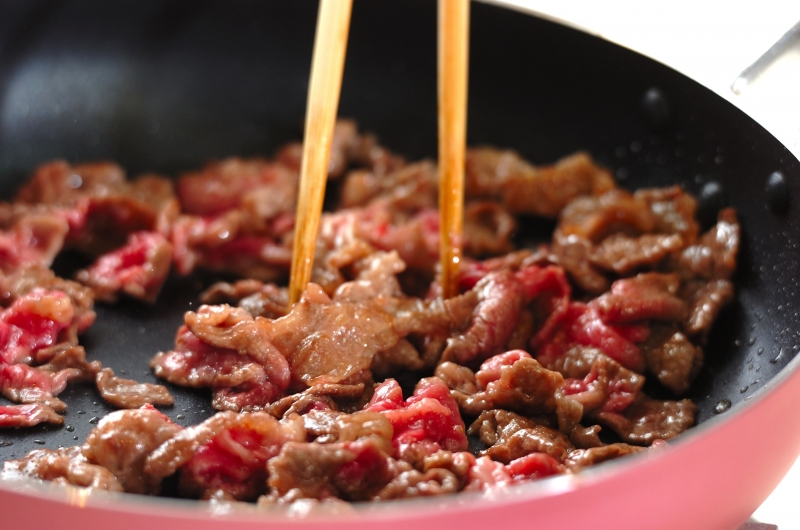 ニンニク・ショウガしょうゆを使ったチャプチェの作り方の手順7