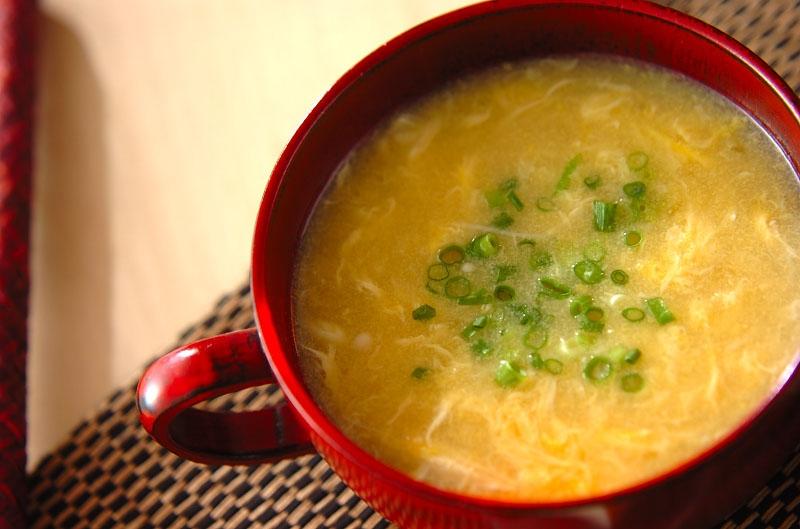 エノキのかき玉コーンスープの作り方の手順
